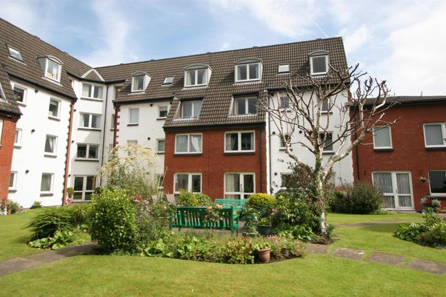 Thumbnail Flat for sale in Gogoside Road, Largs