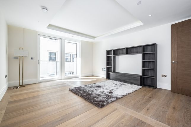 Thumbnail Flat to rent in The Strand, London