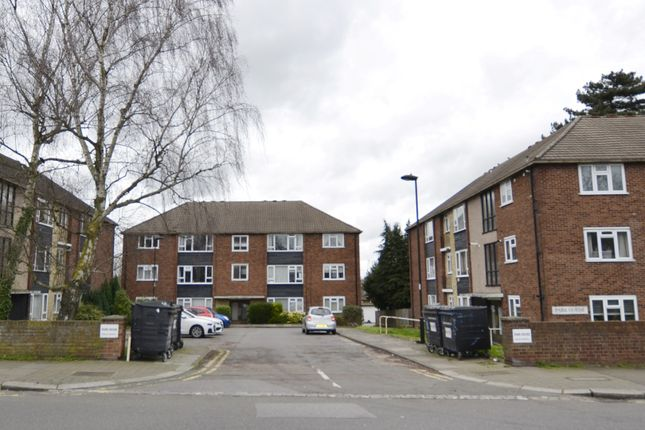 Thumbnail Flat for sale in Park House, Winchmore Hill
