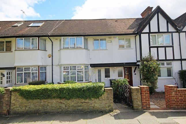 5 bed property to rent in The Ridgeway, London