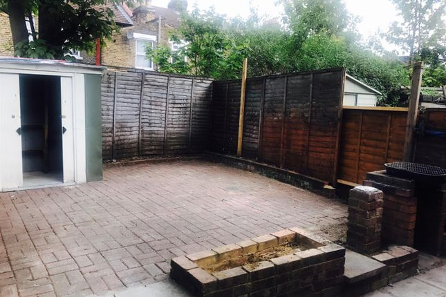 2 bed maisonette to rent in St. Loy's Road, London