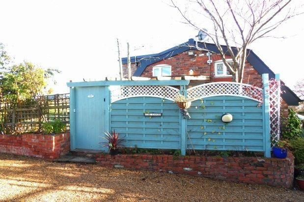 Thumbnail Barn conversion to rent in Graveyard Lane, Mobberley, Knutsford