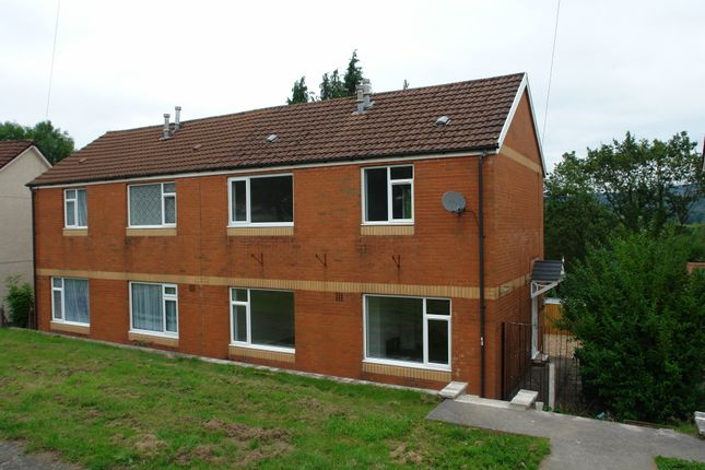 3 bed semi-detached house to rent in Ty Fry, Aberdare CF44