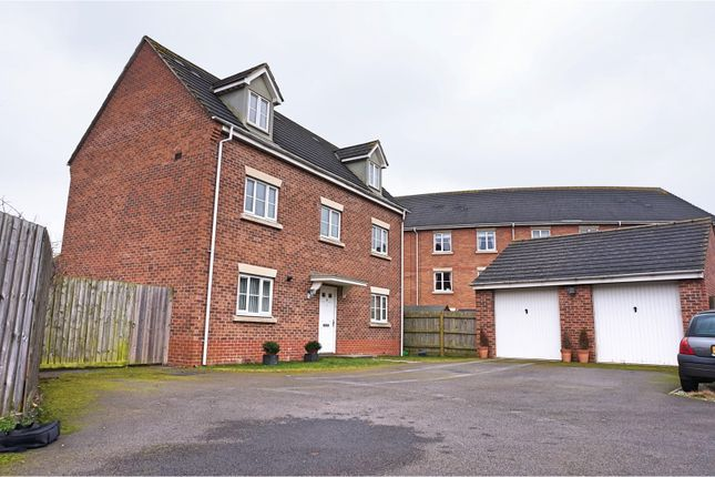 Thumbnail Detached house for sale in Endeavour Road, Swindon