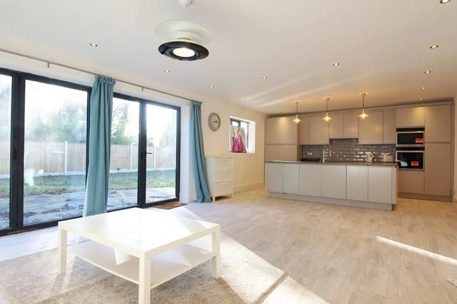 Thumbnail Bungalow to rent in Allerton Road, Allerton, Liverpool, Merseyside
