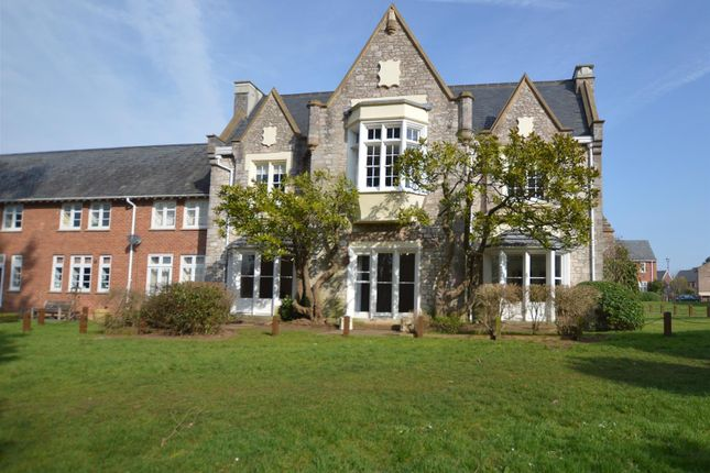 Thumbnail Flat to rent in Fleming Way, St. Leonards, Exeter