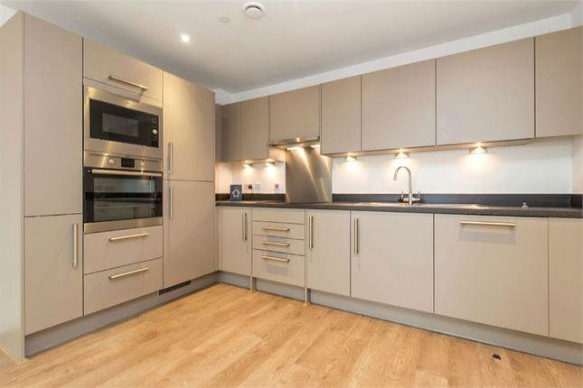 Thumbnail Flat to rent in Bessemer Place, North Greenwich, London