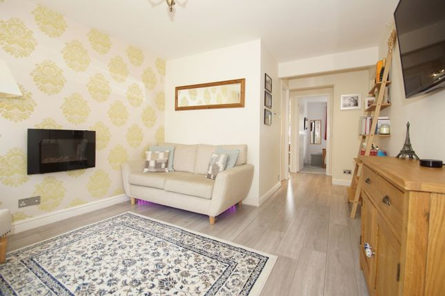 Thumbnail Maisonette for sale in Rider Close, Sidcup