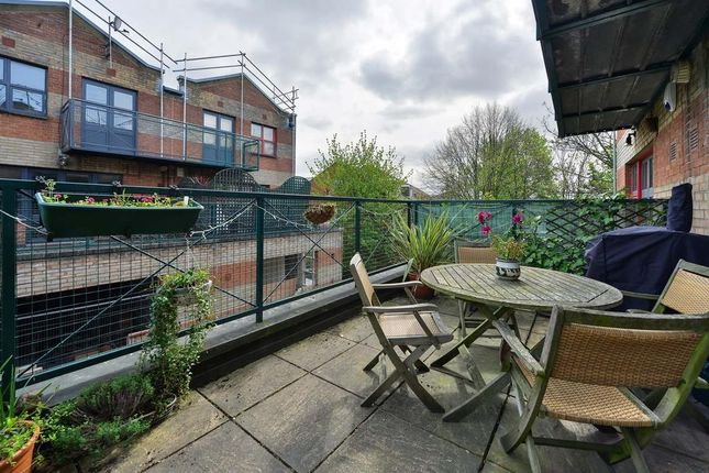 Thumbnail Maisonette to rent in Bruges Place, Baynes Street, Camden Town