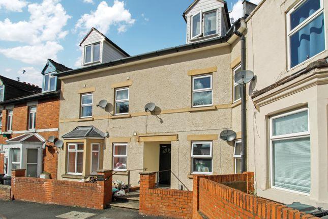 1 bed flat for sale in Shelley Street, Swindon SN1