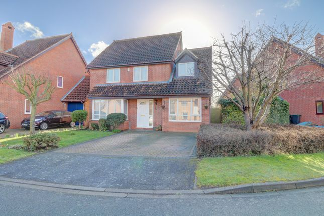 Thumbnail Detached house for sale in Avocet Close, Sandy