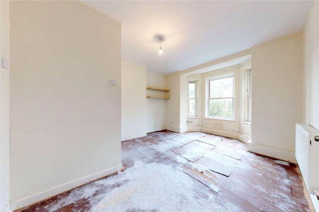 Picture No. 05 of Moredown House, Amhurst Road, London E8