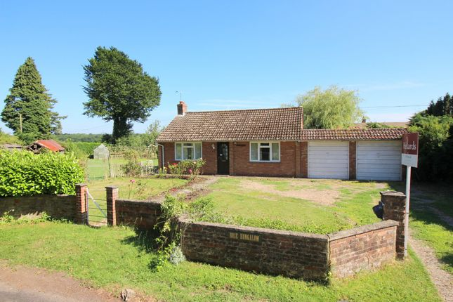 2 bed detached bungalow for sale in Kitwood Lane, Ropley, Alresford