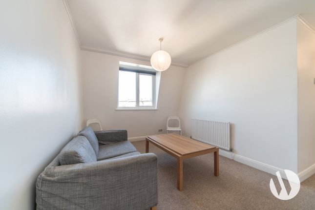 Flat to rent in Harrow Road, London