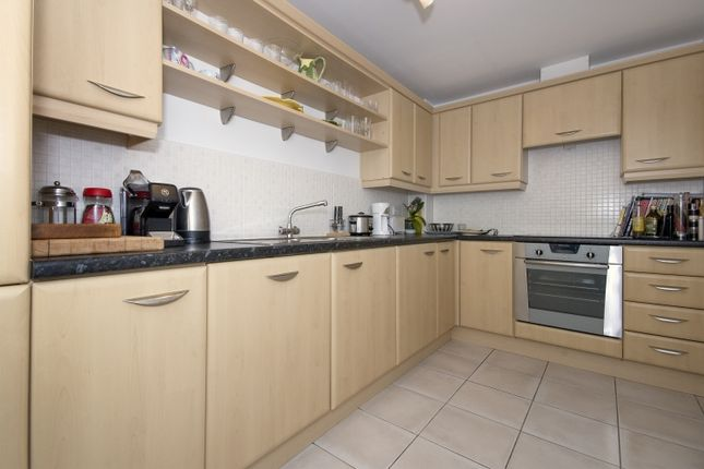 Thumbnail Terraced house to rent in Rowan Drive, Witney