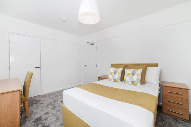 Thumbnail Property to rent in Liverpool Street, Salford