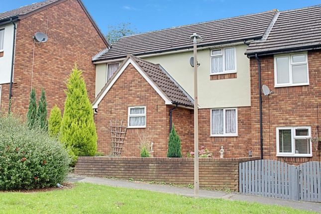 Thumbnail Terraced house for sale in Kingfisher Rise, Stevenage