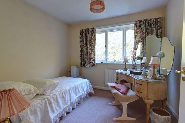 Photo 6 of Broadbent Close, Rownhams, Hampshire SO16