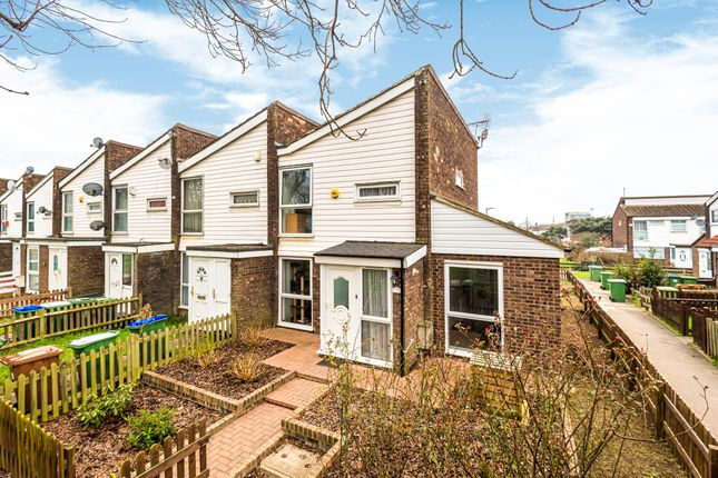 3 bed end terrace house for sale in Dalberg Way, Abbeywood, London SE2
