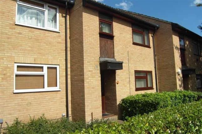 Thumbnail Town house to rent in Fleetham Gardens, Lower Earley, Reading