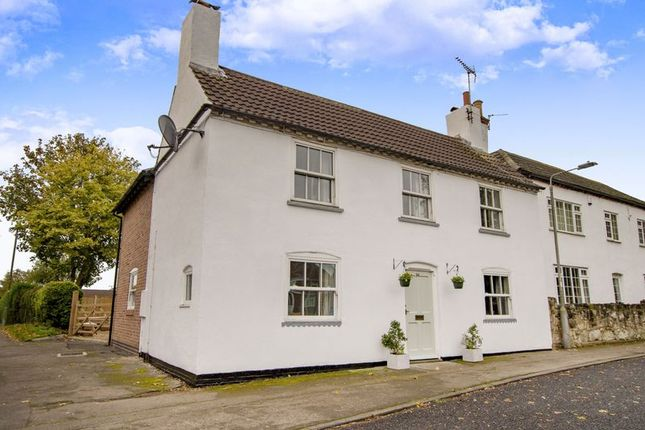 Thumbnail Cottage for sale in 34 High Street, Elkesley, Retford