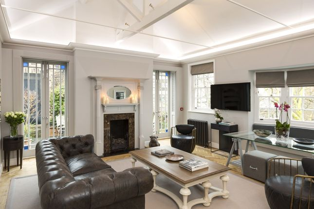 Thumbnail Flat to rent in North Audley Street, Mayfair