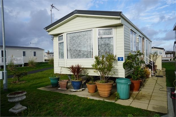 Main Image of The Elm, Mersea Island Holiday Park, Fen Lane, West Mersea. CO5
