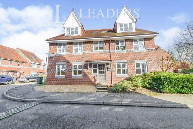 2 bed flat to rent in The Brambles, Prospect Road, St.Albans AL1