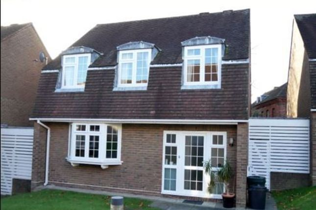 Thumbnail Detached house to rent in St Albans Close, Windsor