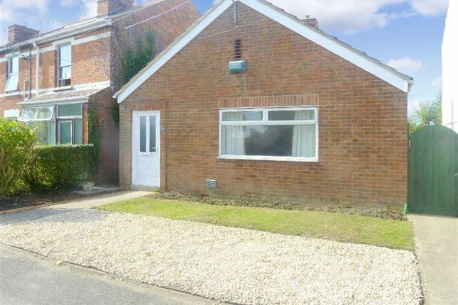 Thumbnail Detached bungalow to rent in Swindon Road, Wroughton, Wiltshire