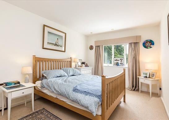 Bedroom of Ducks Walk, East Twickenham TW1