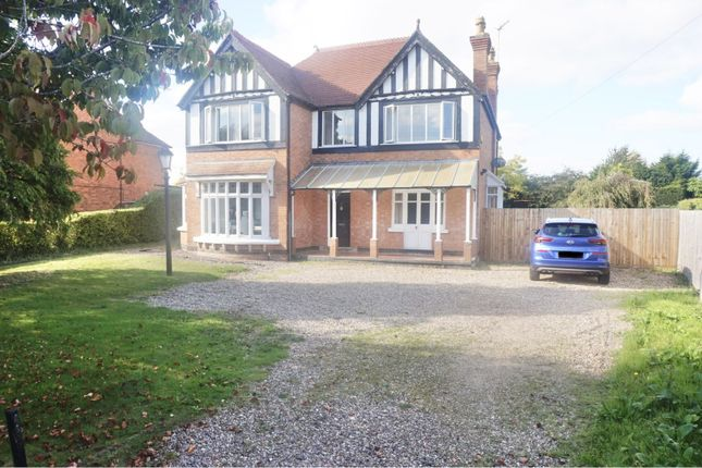 Thumbnail Detached house to rent in Salford Road, Alcester