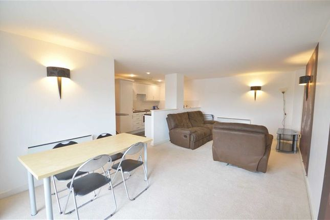 Thumbnail Flat to rent in 190 Stockport Road, Grove Village, Manchester