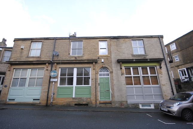 Thumbnail Cottage to rent in Market Street, Thornton, Bradford