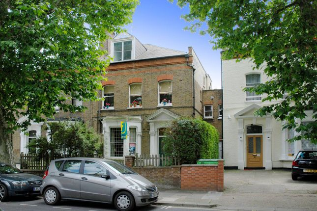 Brondesbury Road, Queen's Park, London NW66Bs NW6