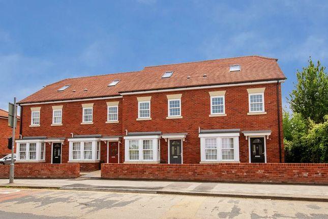 Thumbnail Town house for sale in White Hart Lane, Portchester, Fareham