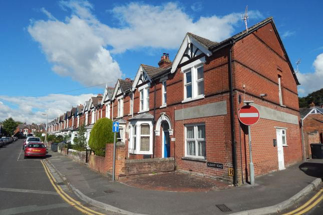 Thumbnail Flat to rent in Albany Road, Salisbury, Wiltshire