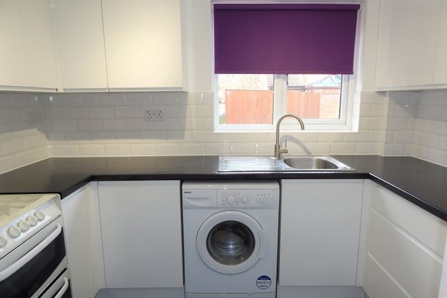Thumbnail End terrace house to rent in Somerville, Didcot