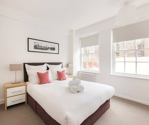 1 bed property to rent in Nelson House, Dolphin Square, London SW1V