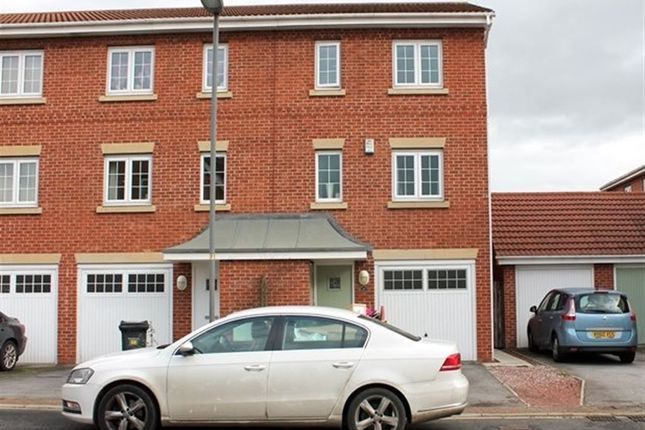 Thumbnail Property to rent in Abbots Court, Selby