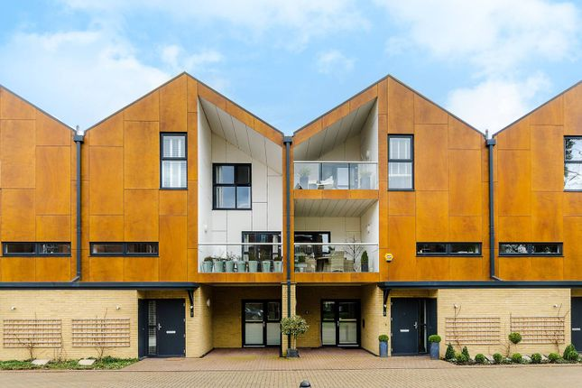Thumbnail Property for sale in Woodview Mews, Crystal Palace