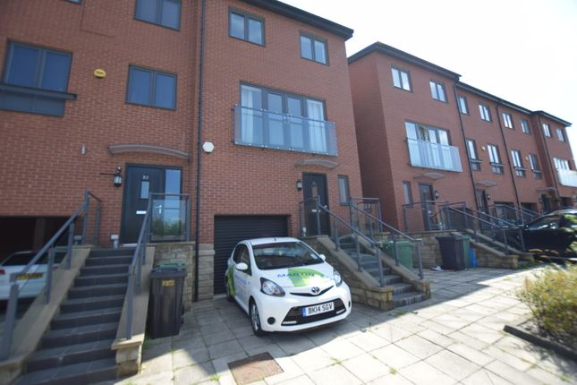 Thumbnail Terraced house to rent in Yarn Street, Hunslet, Leeds