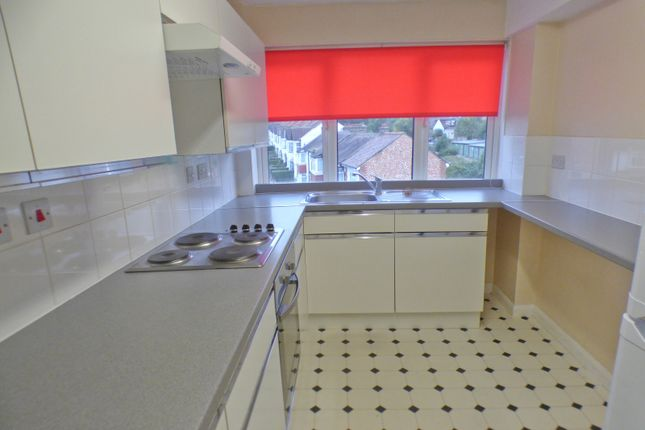 Thumbnail Flat to rent in Church Hill Road, East Barnet, Barnet