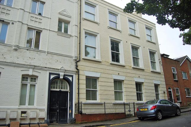 Thumbnail Flat to rent in Brompton, Gillingham