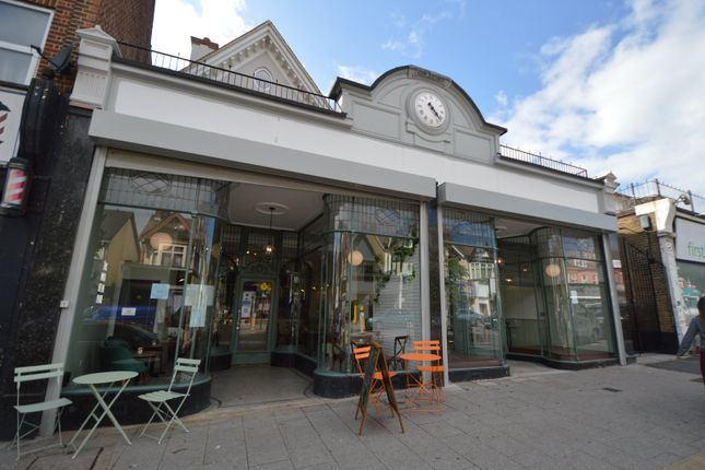Thumbnail Restaurant/cafe to let in Hamlet Court Road, Westcliff-On-Sea