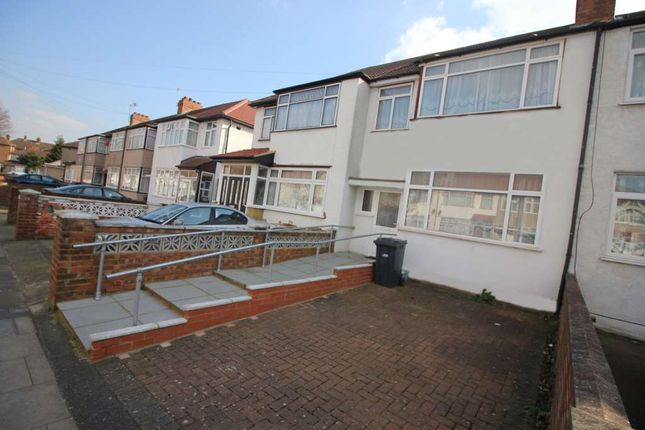 Thumbnail Semi-detached house to rent in St. Josephs Drive, Southall