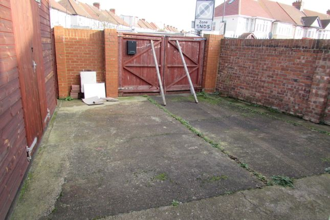 Thumbnail Light industrial to let in Mount Pleasant, Wembley, Middlesex