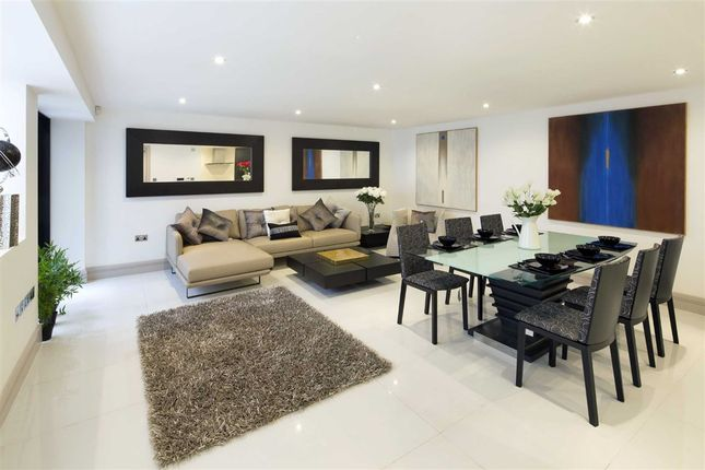 Thumbnail Terraced house for sale in Whittlebury Mews, London