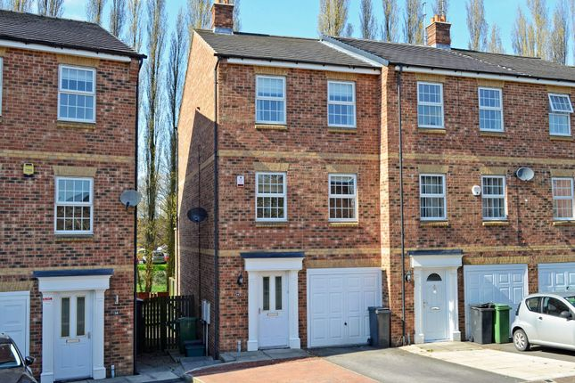 Thumbnail Property for sale in Waterside Gardens, York