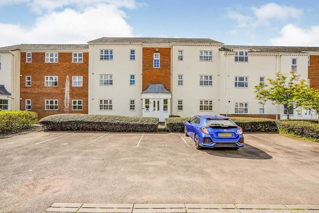 2 bed flat for sale in Redwing, Aylesbury HP19